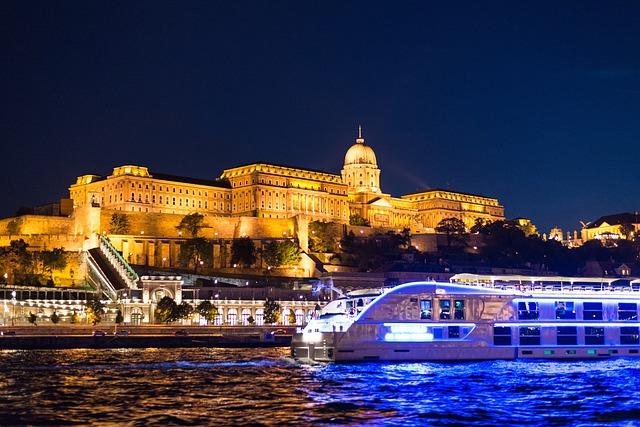 château buda budapest hongrie danube