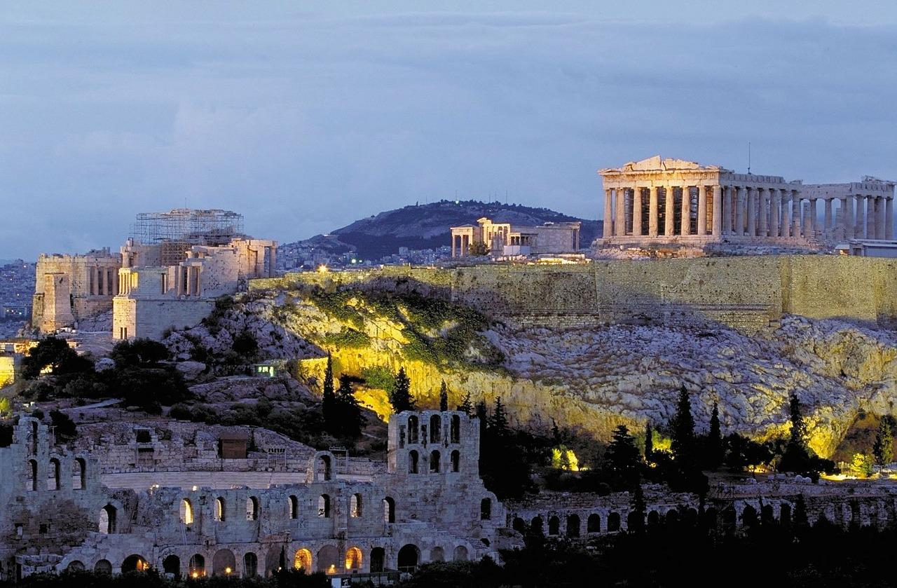 L'acropole de nuit à Athènes